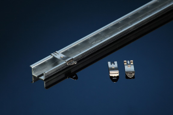 DINCLIC Mounting Clips